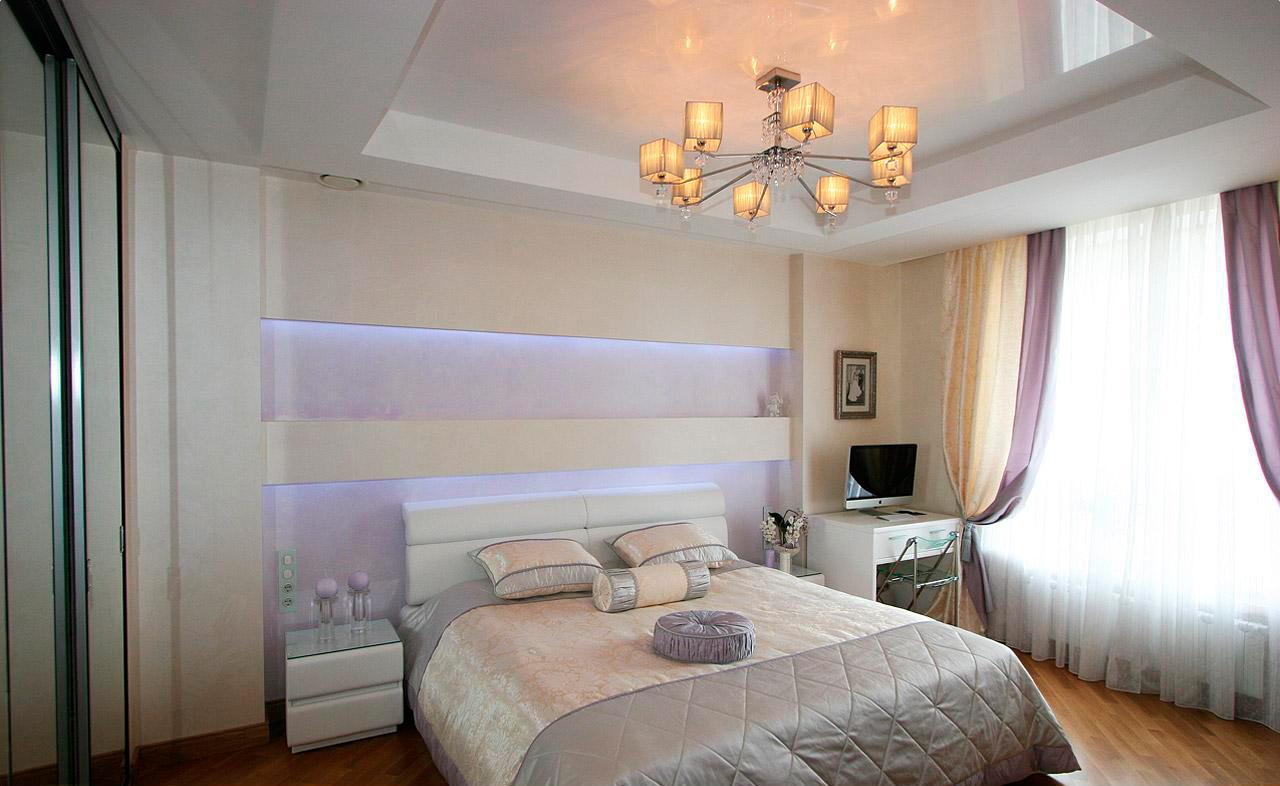 Дизайн спальни натяжным потолком